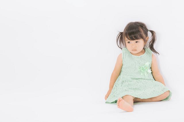 赤ちゃんの人見知りはいつから始まる?泣き止まない時の私の対応方法